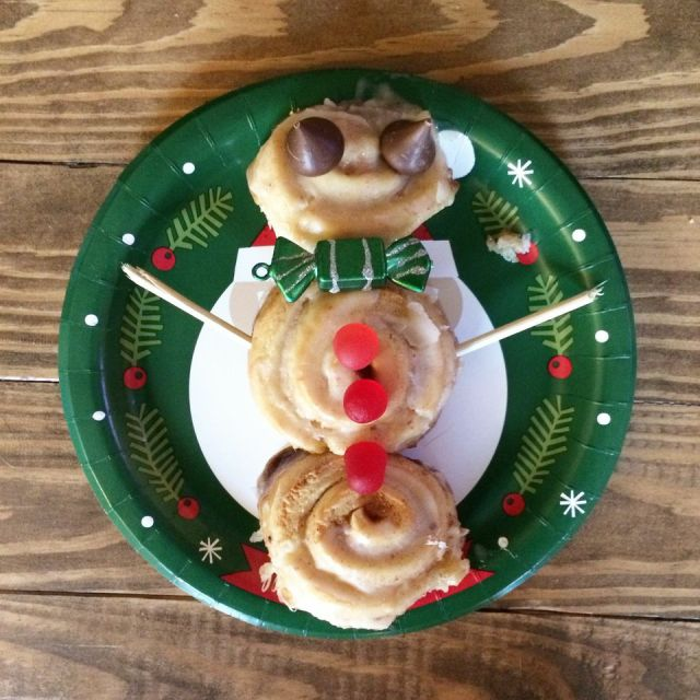 Festive Snowman Cinnamon Roll Tradition